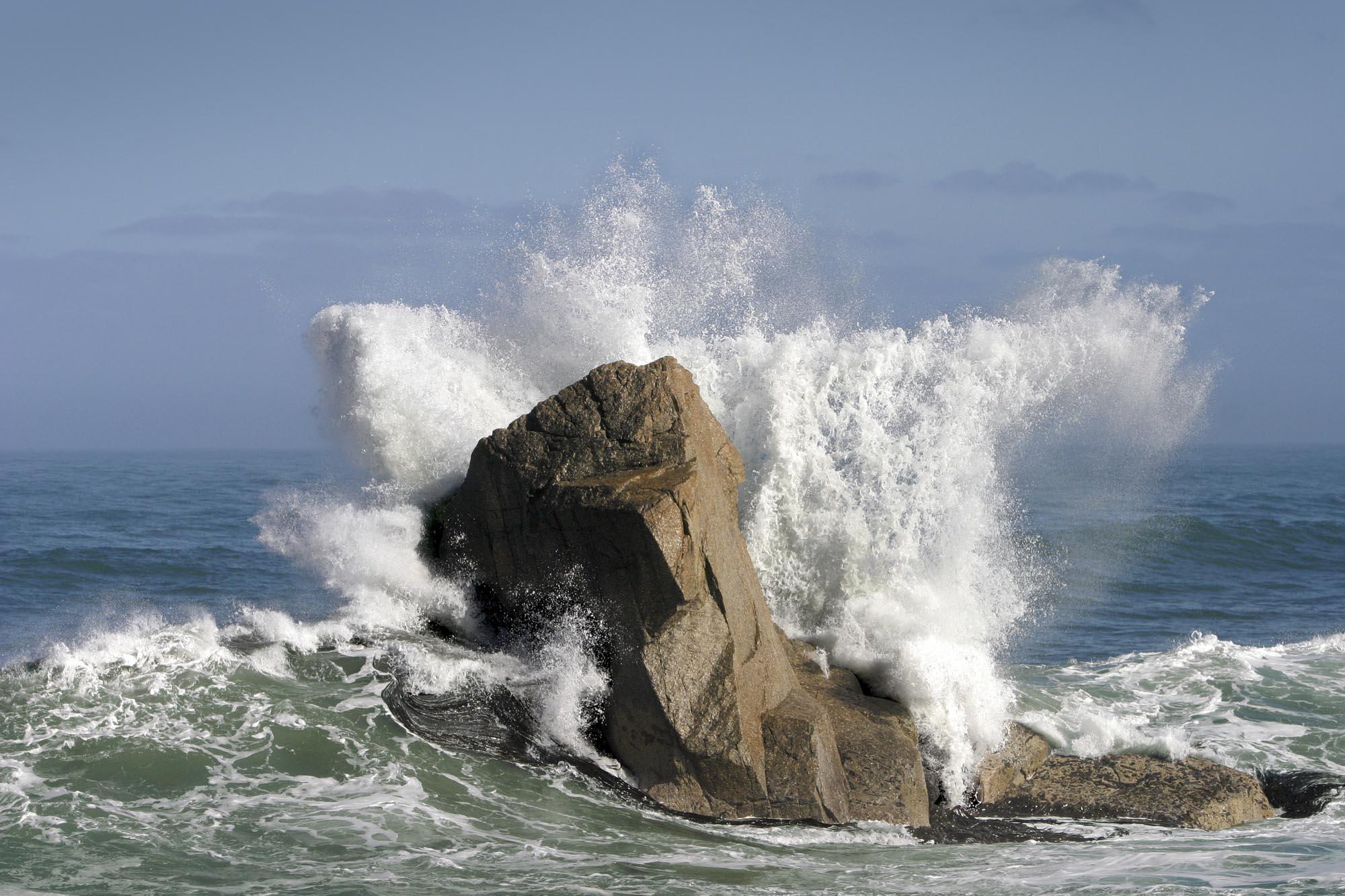 Exploding_surf.jpg
