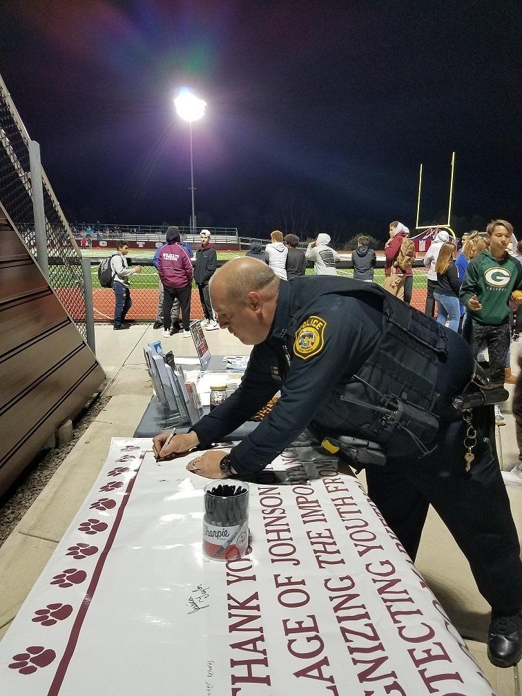 Police Signing2.jpg