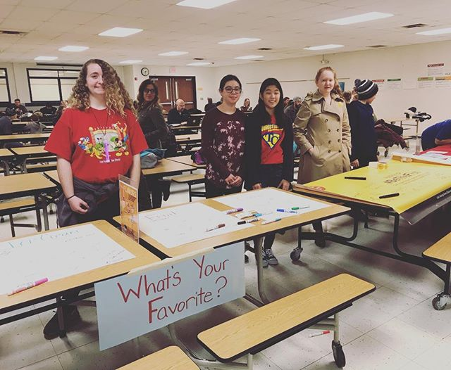 Way to go to Homer Reality Check leaders for collecting signatures on the #bethefirst banner, collecting over 50 signatures for flavor ban, working a flavor activity and collecting over 125 signatures of support protecting youth from tobacco marketing! #seenenoughtobacco #tobaccofreegeneration #youthleaders #youthaction