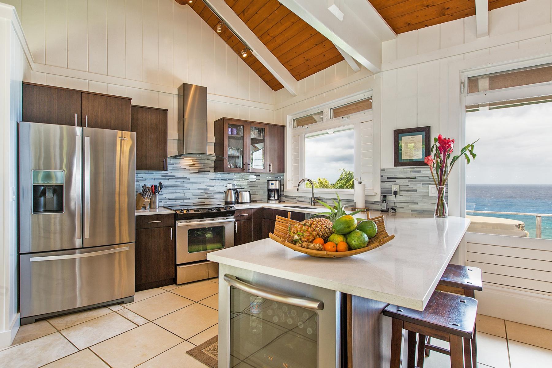 Kitchen-1.jpg_1800x1200_2194226.jpg