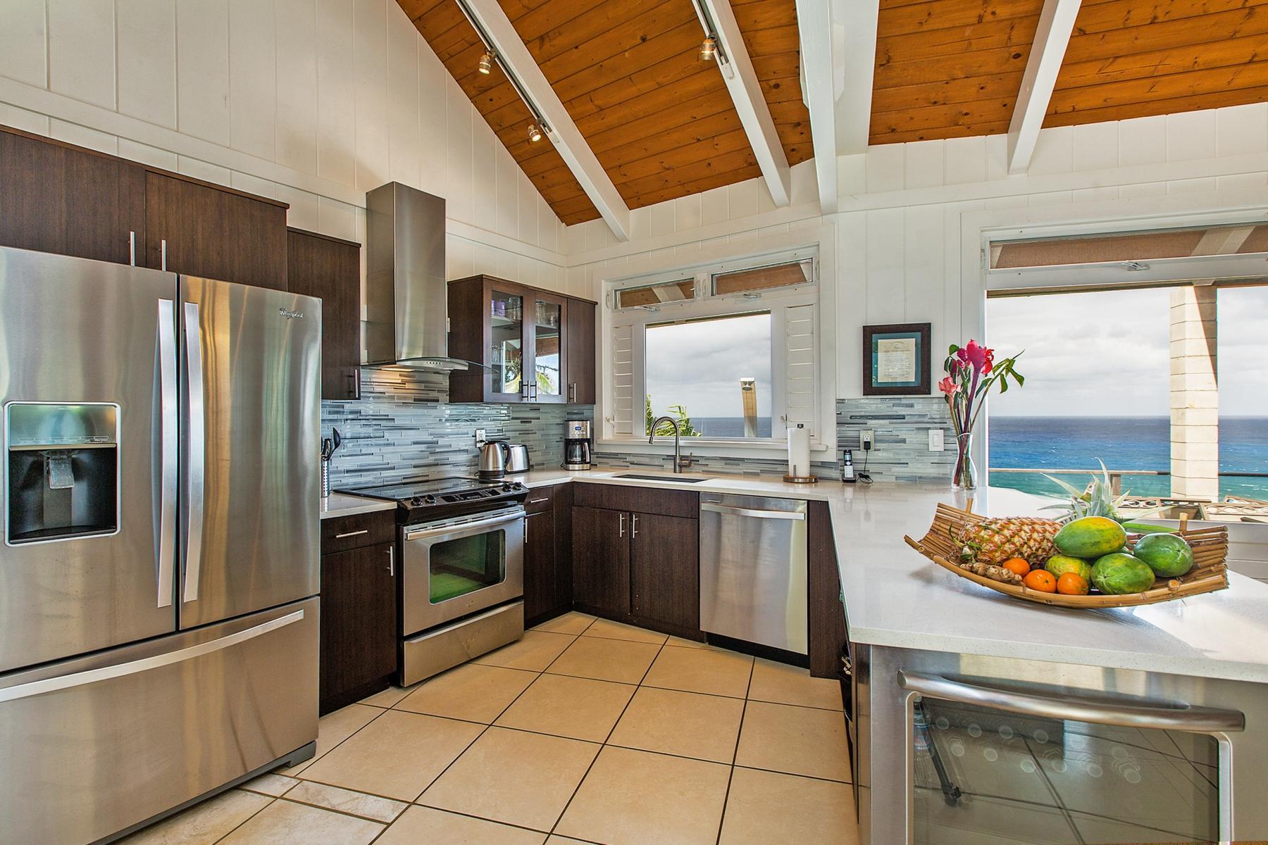 Kitchen-Area.jpg_1800x1200_2194233.jpg