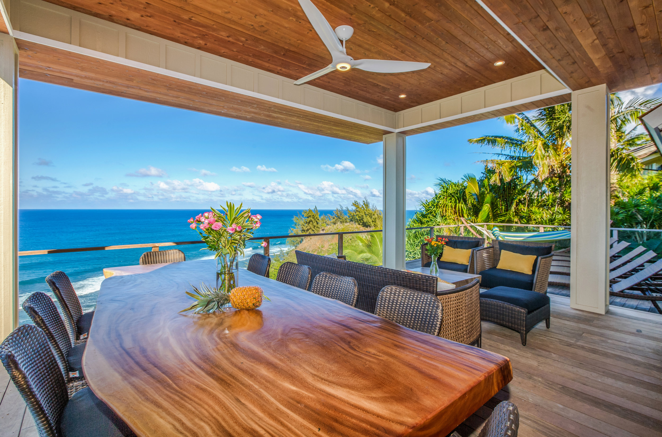 The 400sf roofed area of the 1200 sf oceanside lanai is the perfect location for a small wedding, vow renewal or other ceremony, or for a gathering of  family and friends.