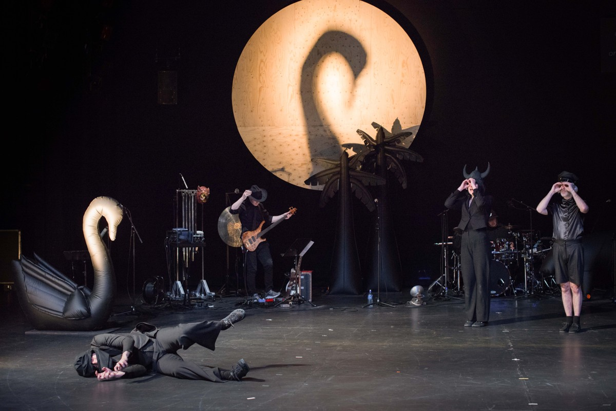 """Meyoucycle"" with Ictus @ Kaaitheater (c) Anne Van Aerschot"