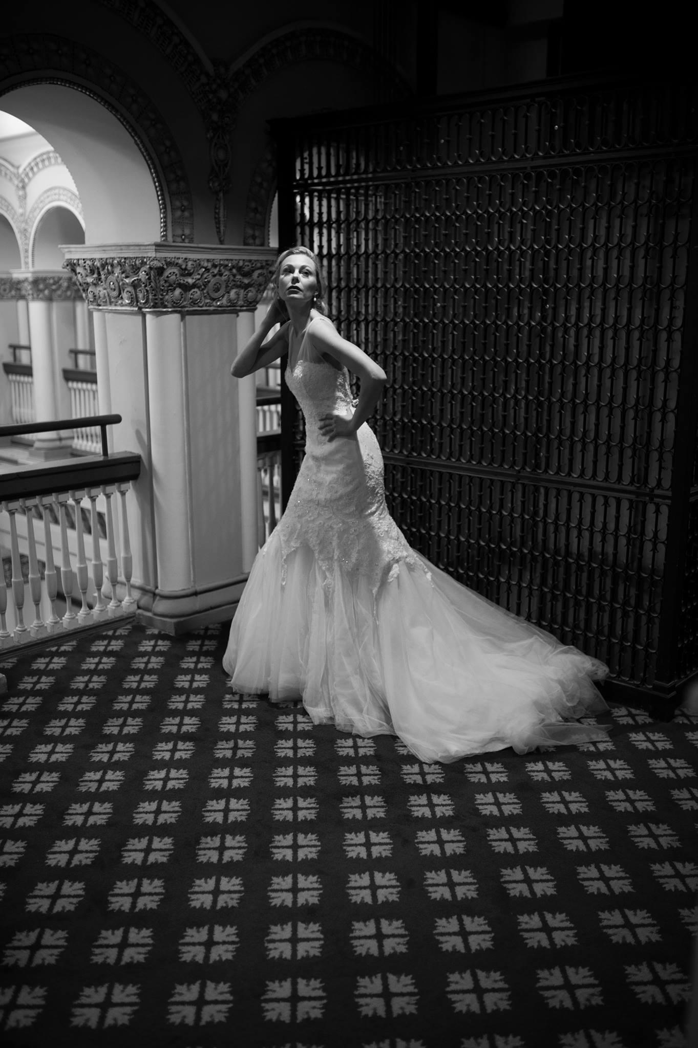 Urban Chicago Portrait Small Wedding Photographer Nomee Photography