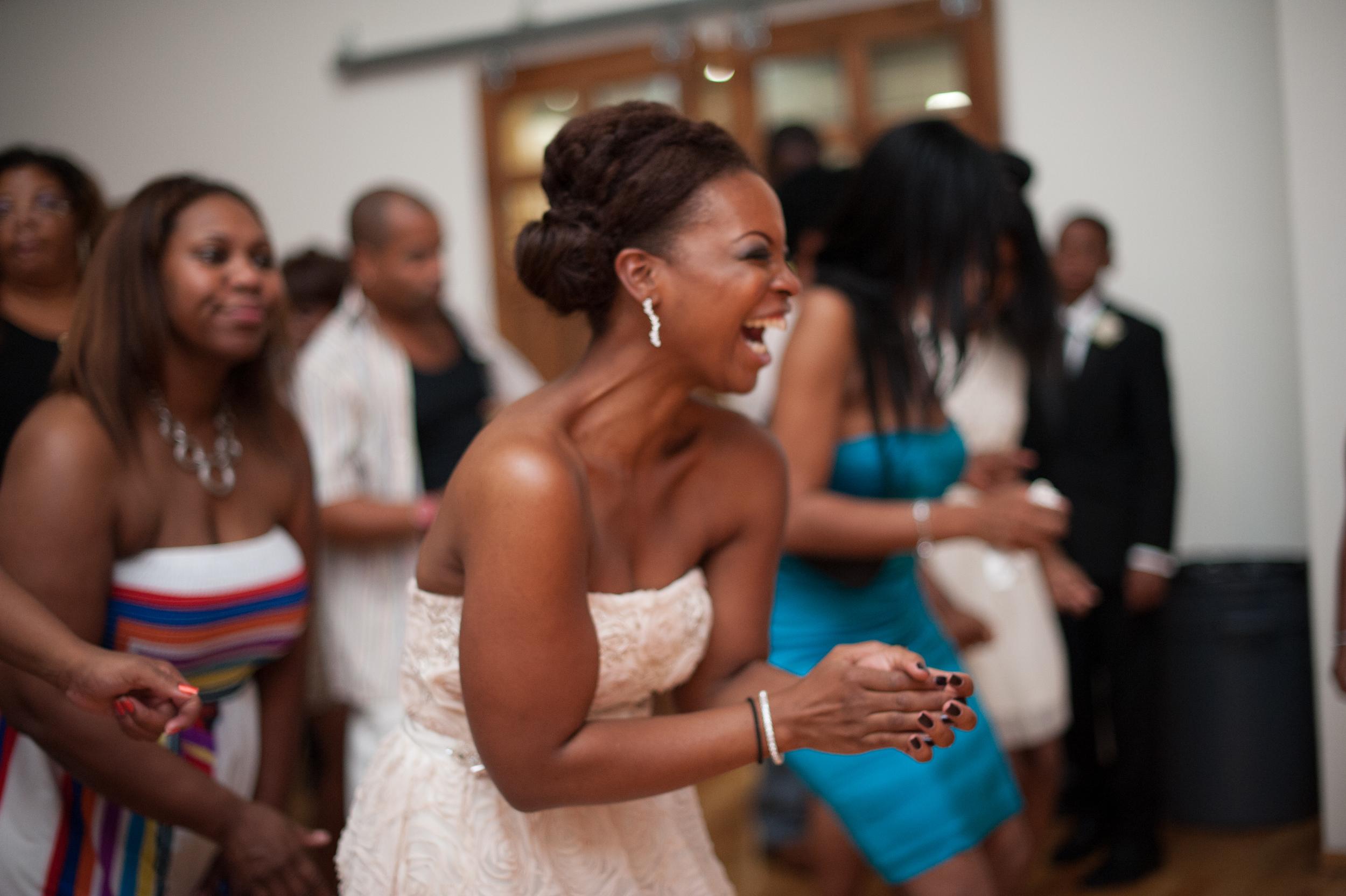 Urban Chicago Small Wedding Portrait Nomee Photography