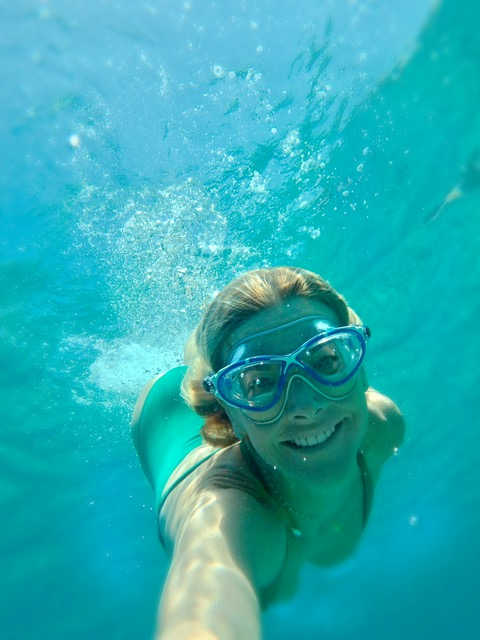 Cressi Swim Mask  - I always travel with my swim goggles, Cressi makes the best!  Swimming along in Eres