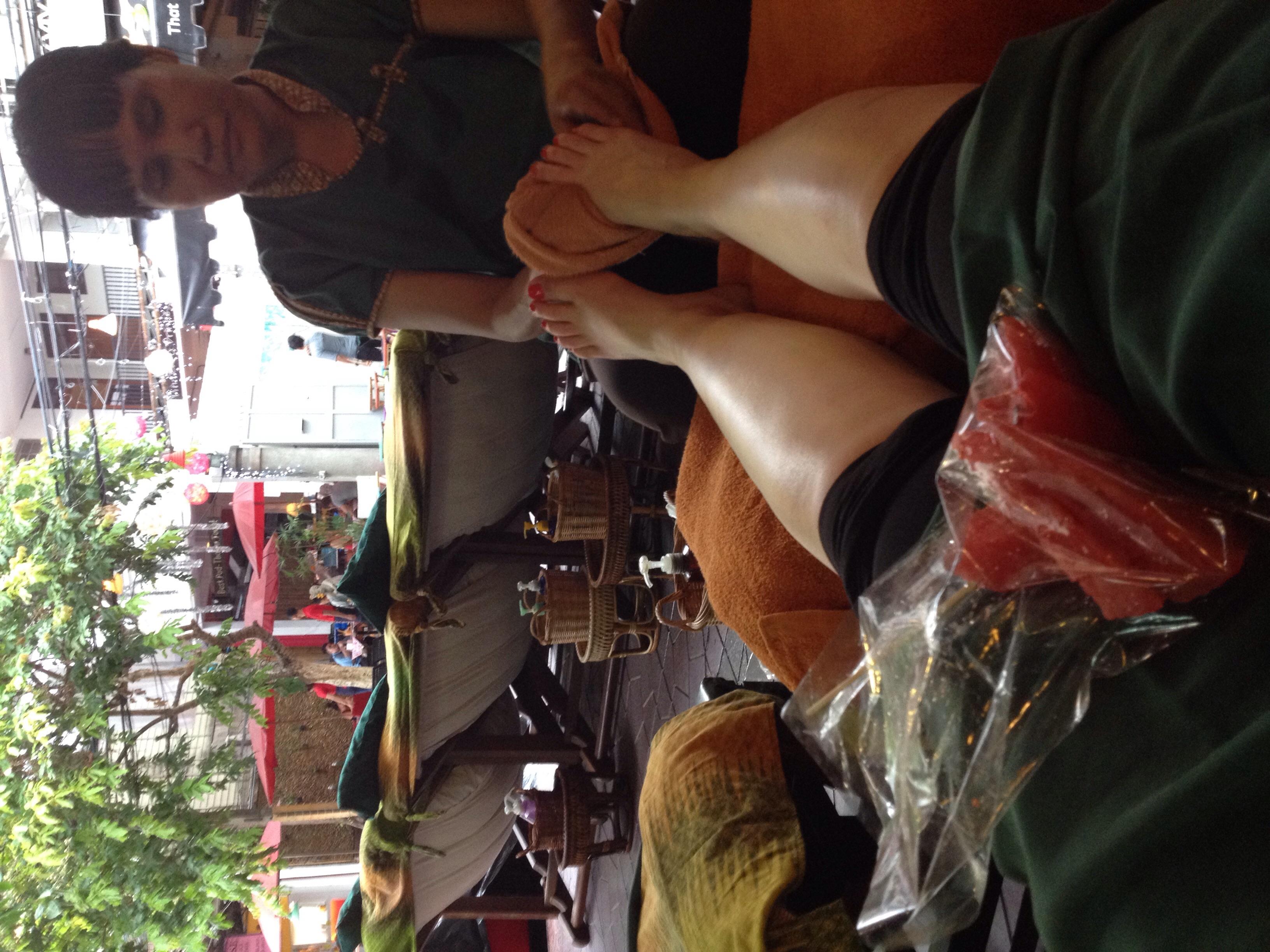 Massages and fresh fruit