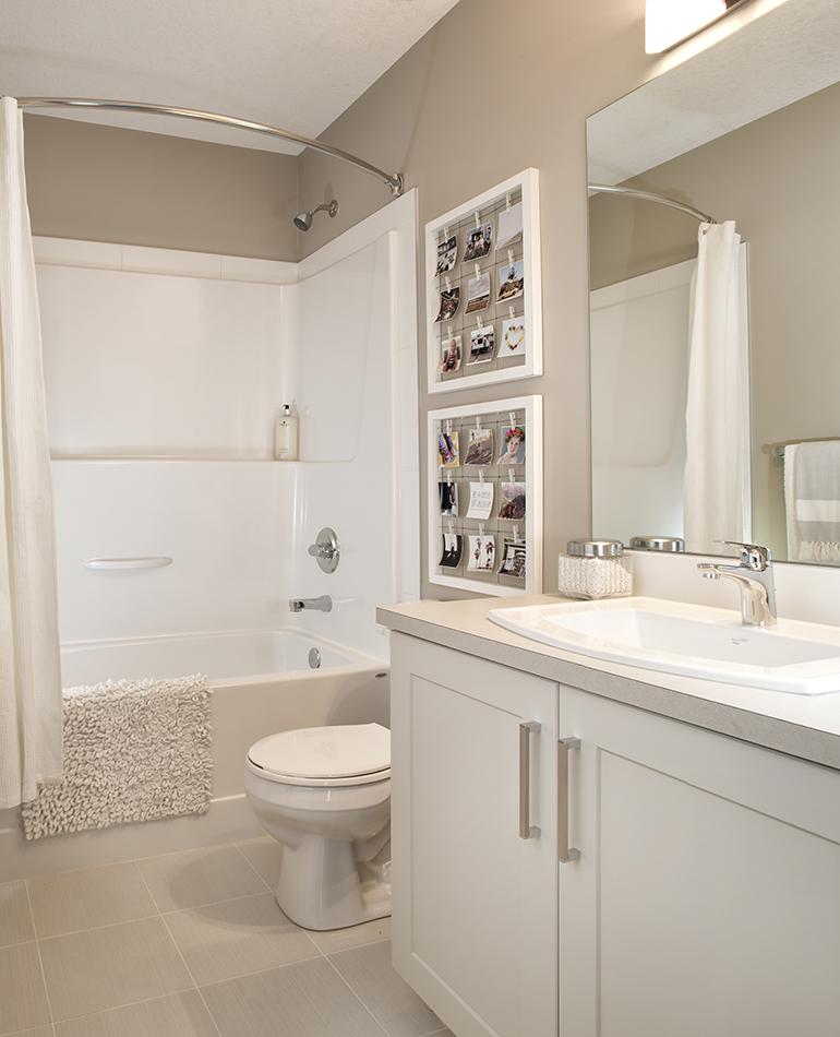 P-Plan-Main-Bathroom_web.jpg