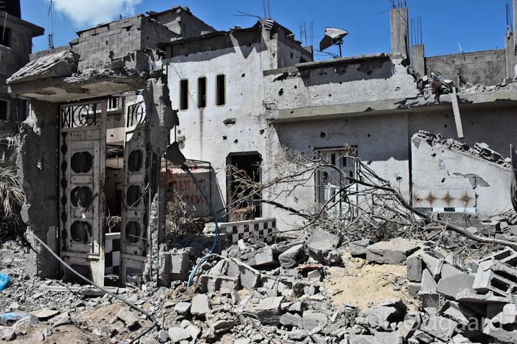 Destroyed houses in Shejaiya