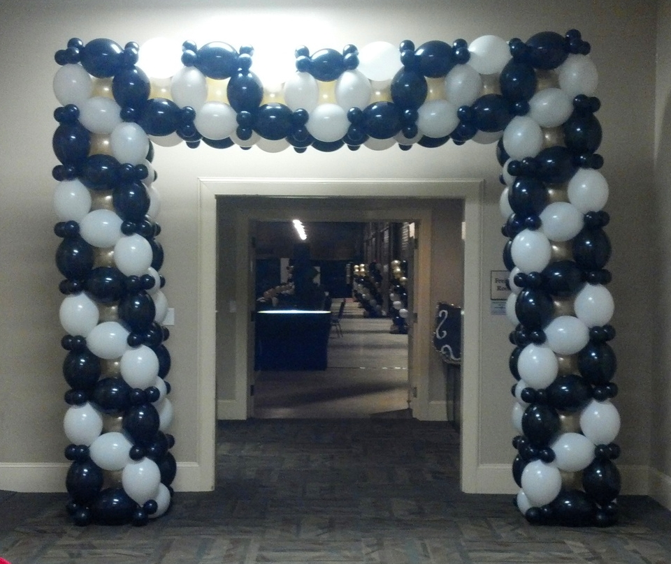 Venice themed prom balloon entranceway