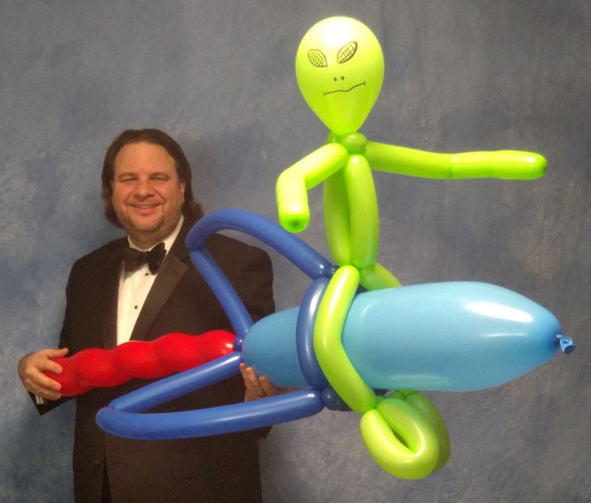 Balloon alien