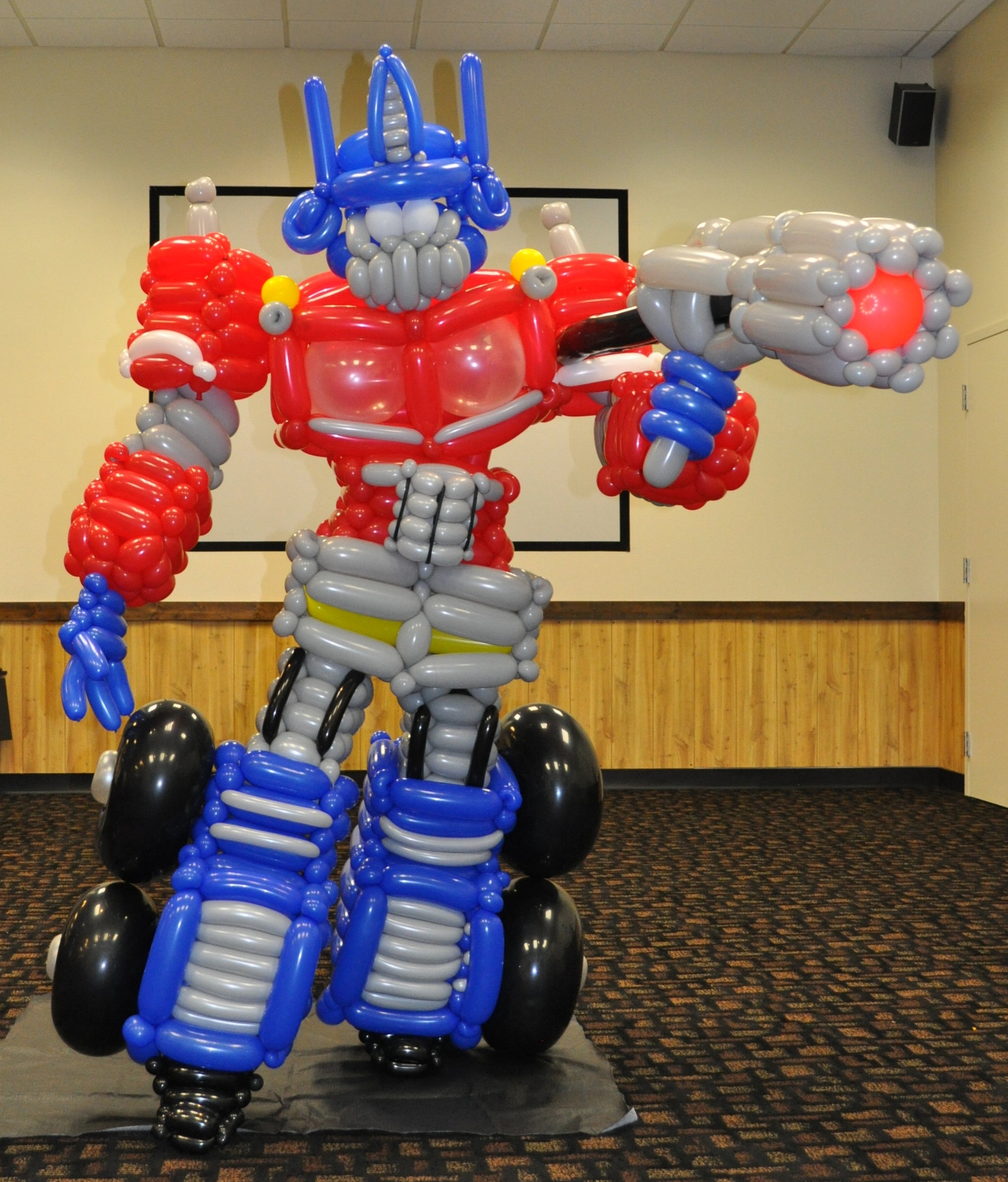 Balloon Optimus Prime