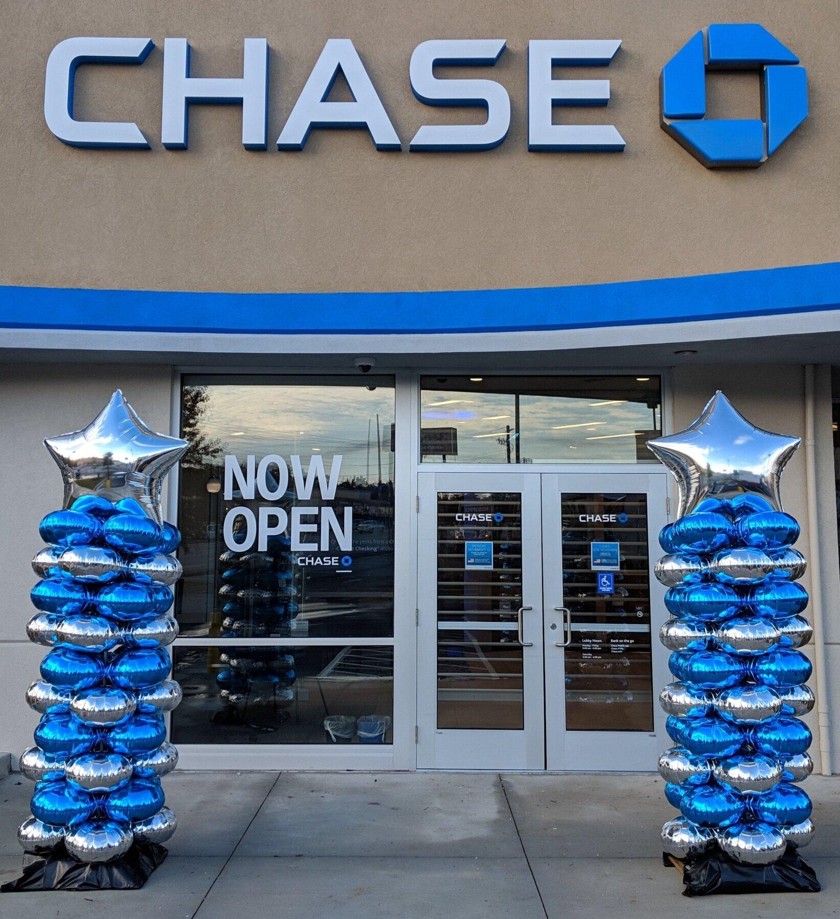 Chase Bank Balloon Columns