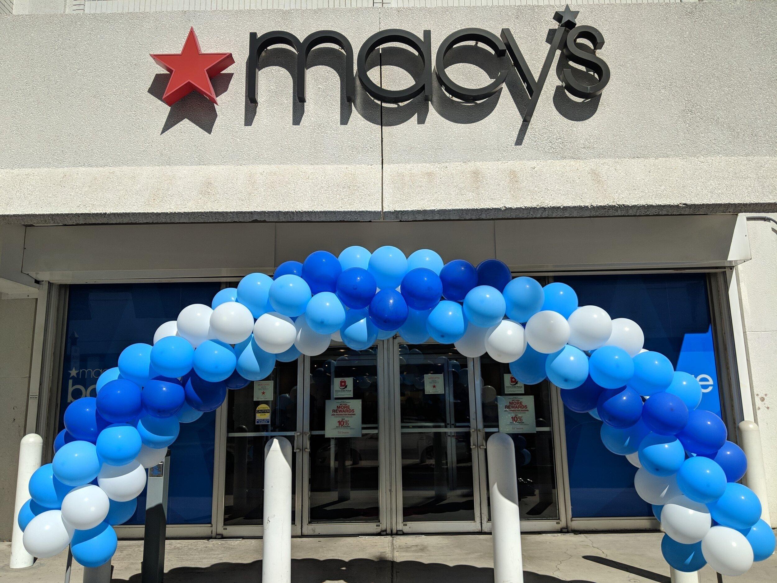 Macy's Balloon Arch