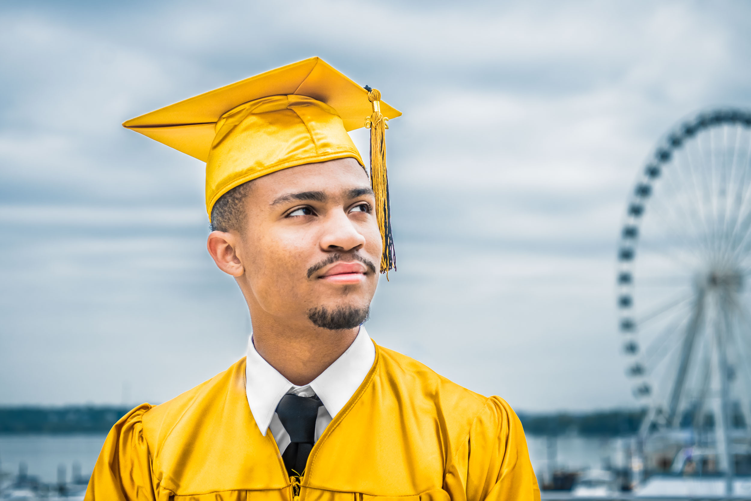 dc+metro+graduation+cap+and+gown+photography+vadym+guliuk-1.jpg