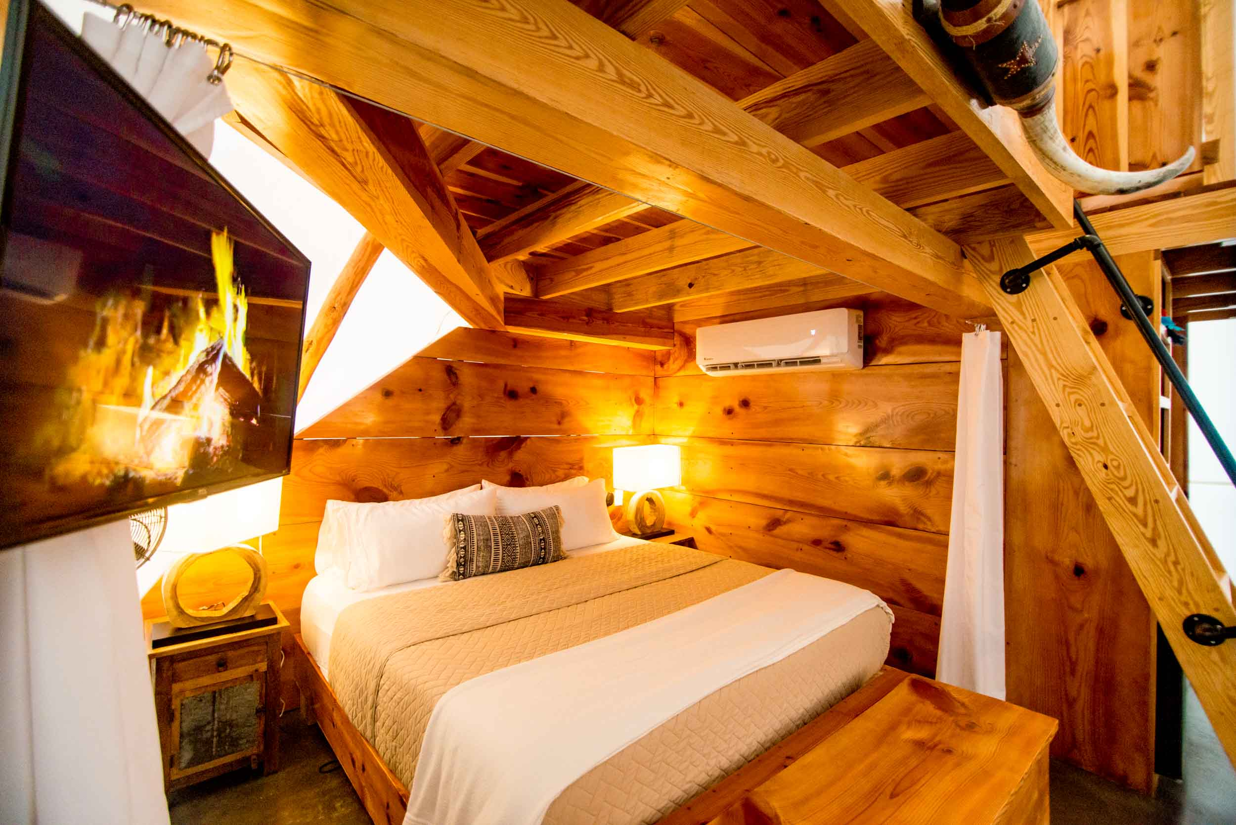 architecture+photographer+tipis+interiors+photography+airbnb+photo-1.jpg