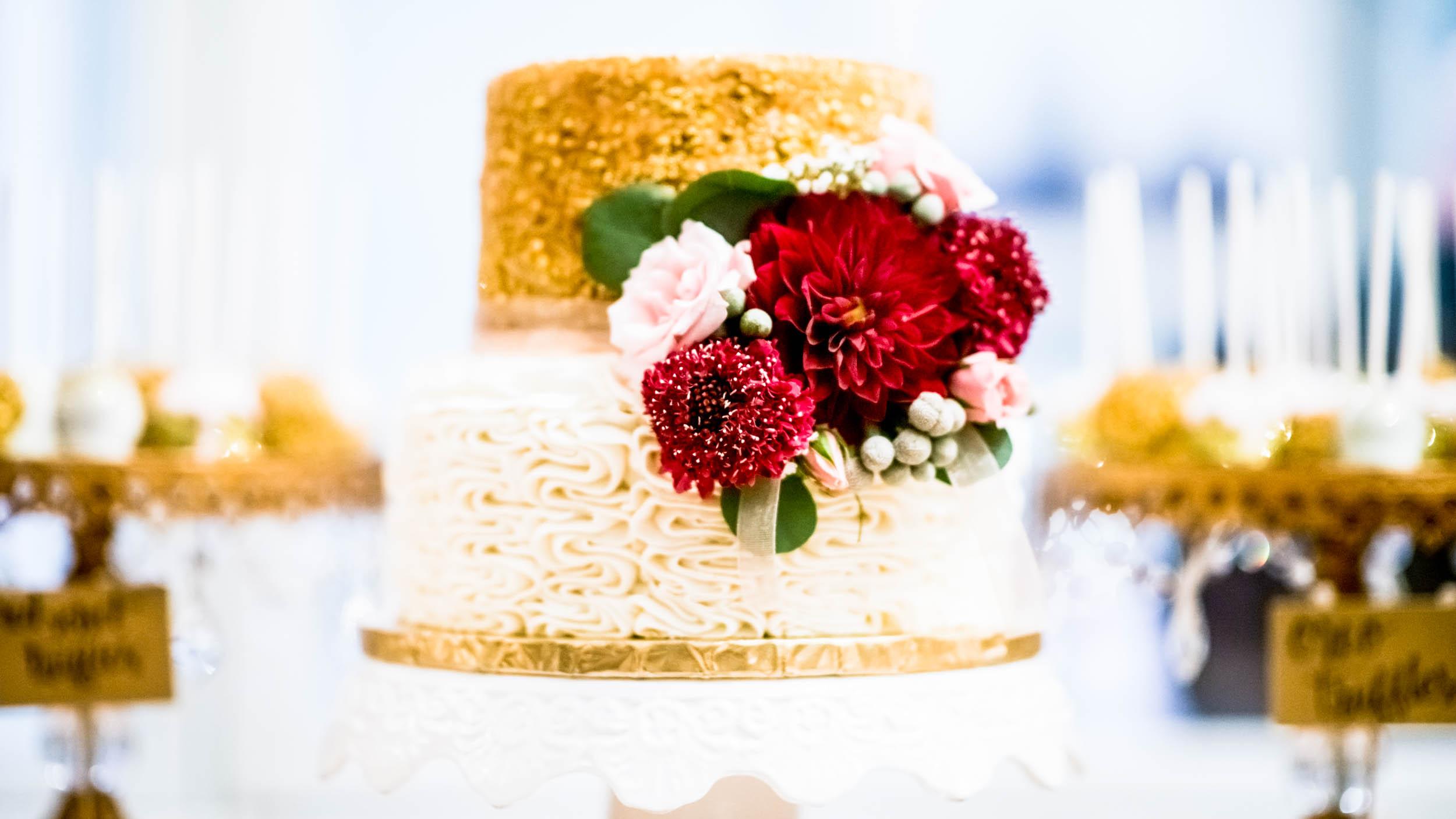 dc+metro+wedding+photographer+vadym+guliuk+photography+wedding+cake-2025.jpg