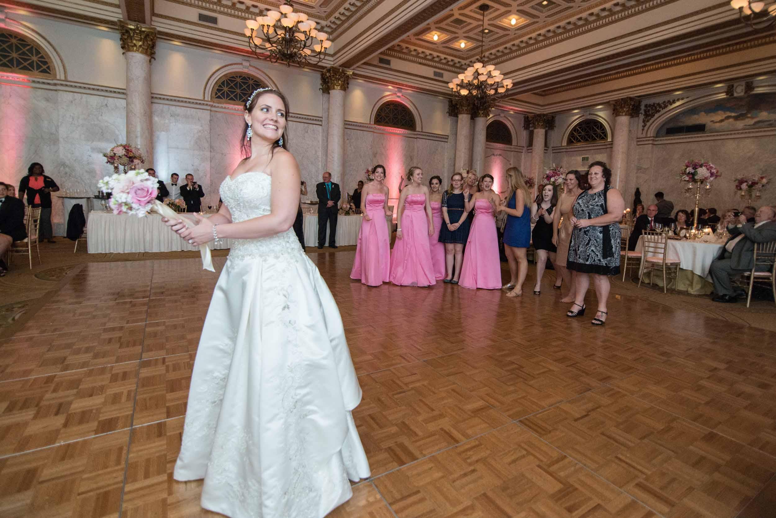 dc+metro+wedding+photographer+vadym+guliuk+photography+wedding+garter+toss-2020.jpg