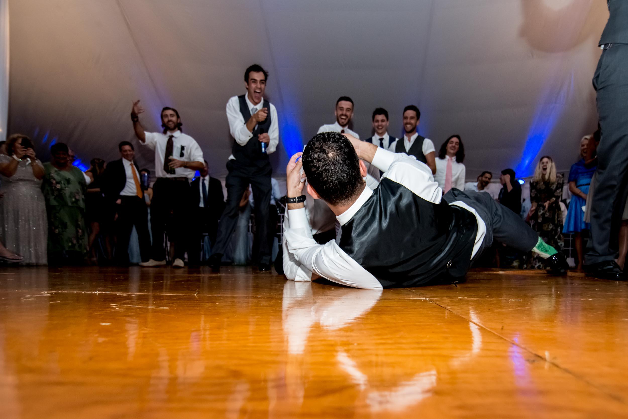 dc+metro+wedding+photographer+vadym+guliuk+photography+wedding+garter+toss-2028.jpg