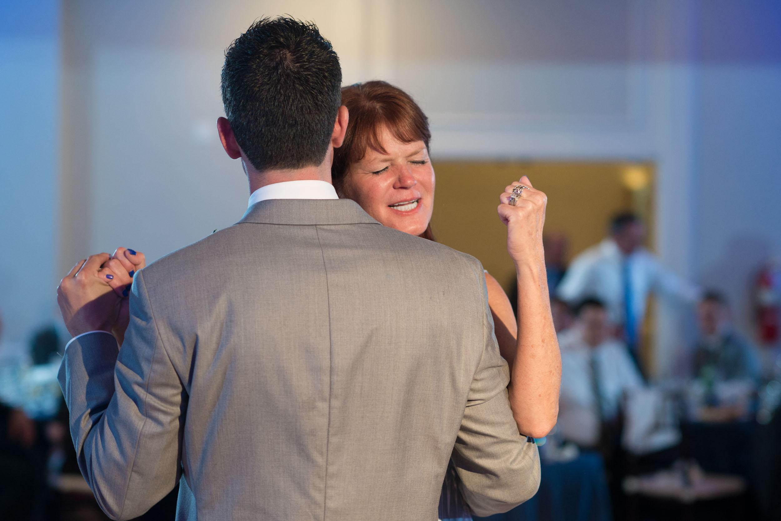 dc+metro+wedding+photographer+vadym+guliuk+photography+wedding+parent+dances-2021.jpg