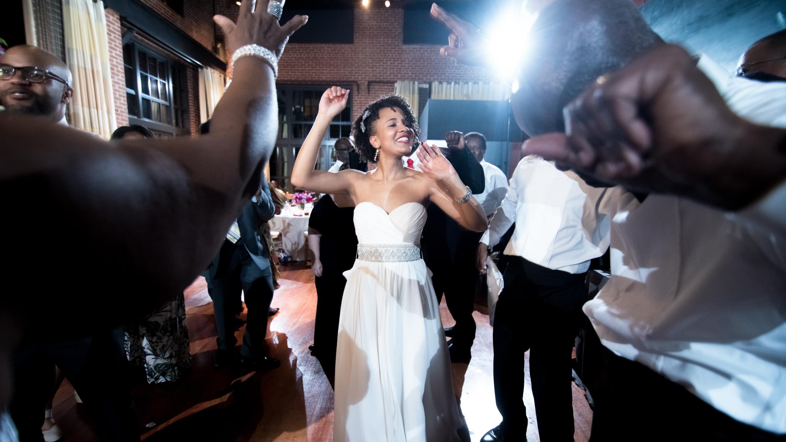 dc+metro+wedding+photographer+vadym+guliuk+photography+wedding+reception-2026.jpg