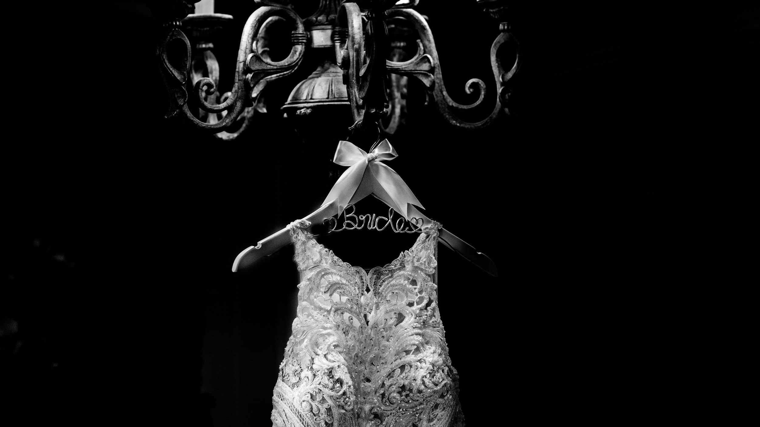 dc+metro+wedding+photographer+vadym+guliuk+photography+weddings+dress-2024.jpg