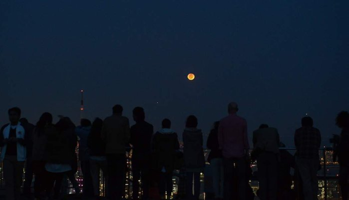 Why Millions Sacrificed Time For The Blood Moon And What It Means For Employers