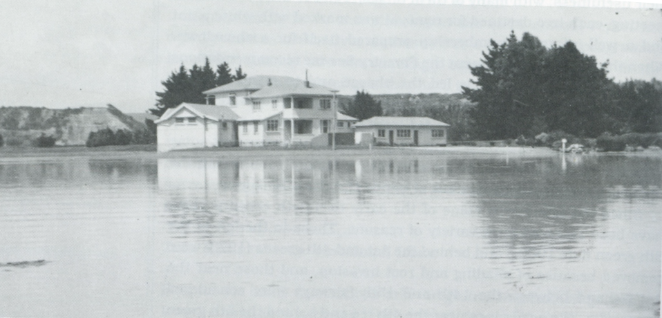 clubhouse in the flood 1941.PNG