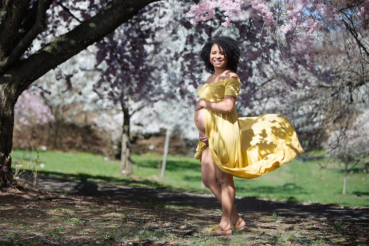 Maternity photography cherry blossoms