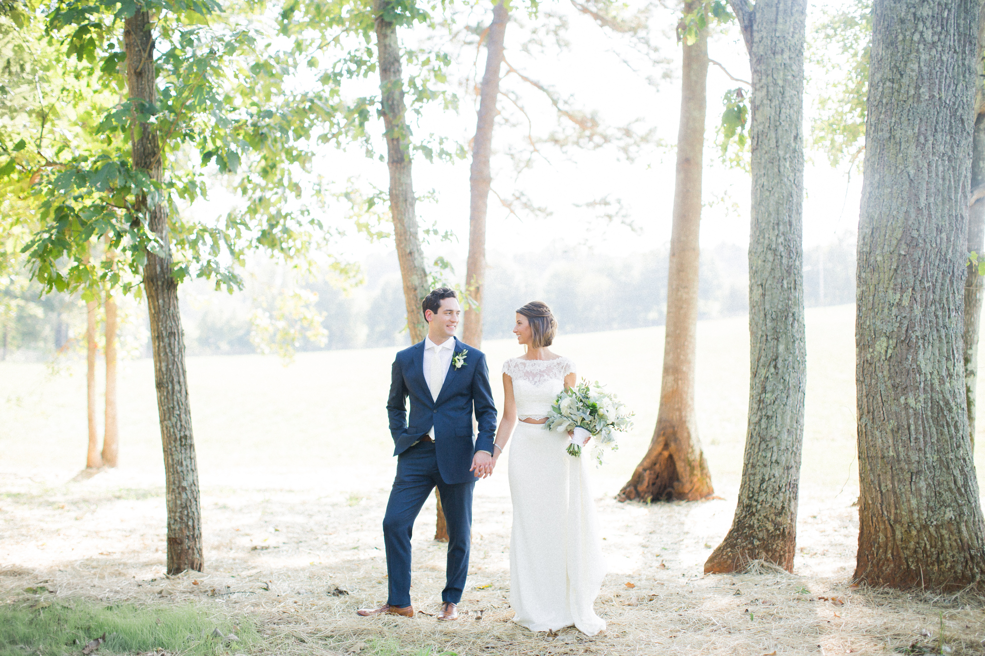 bride and groom farmhouse wedding
