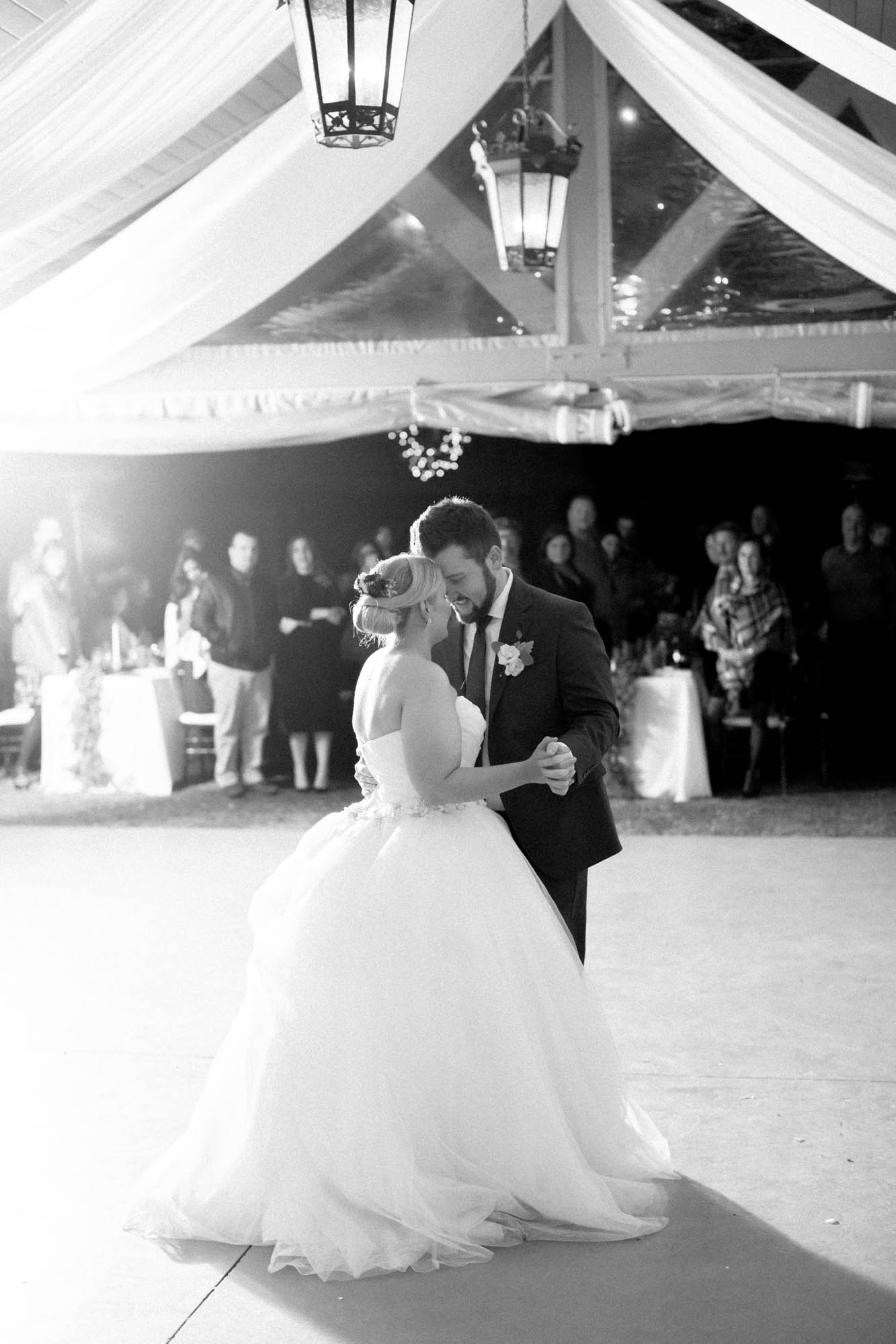 bride and groom black and white first dance