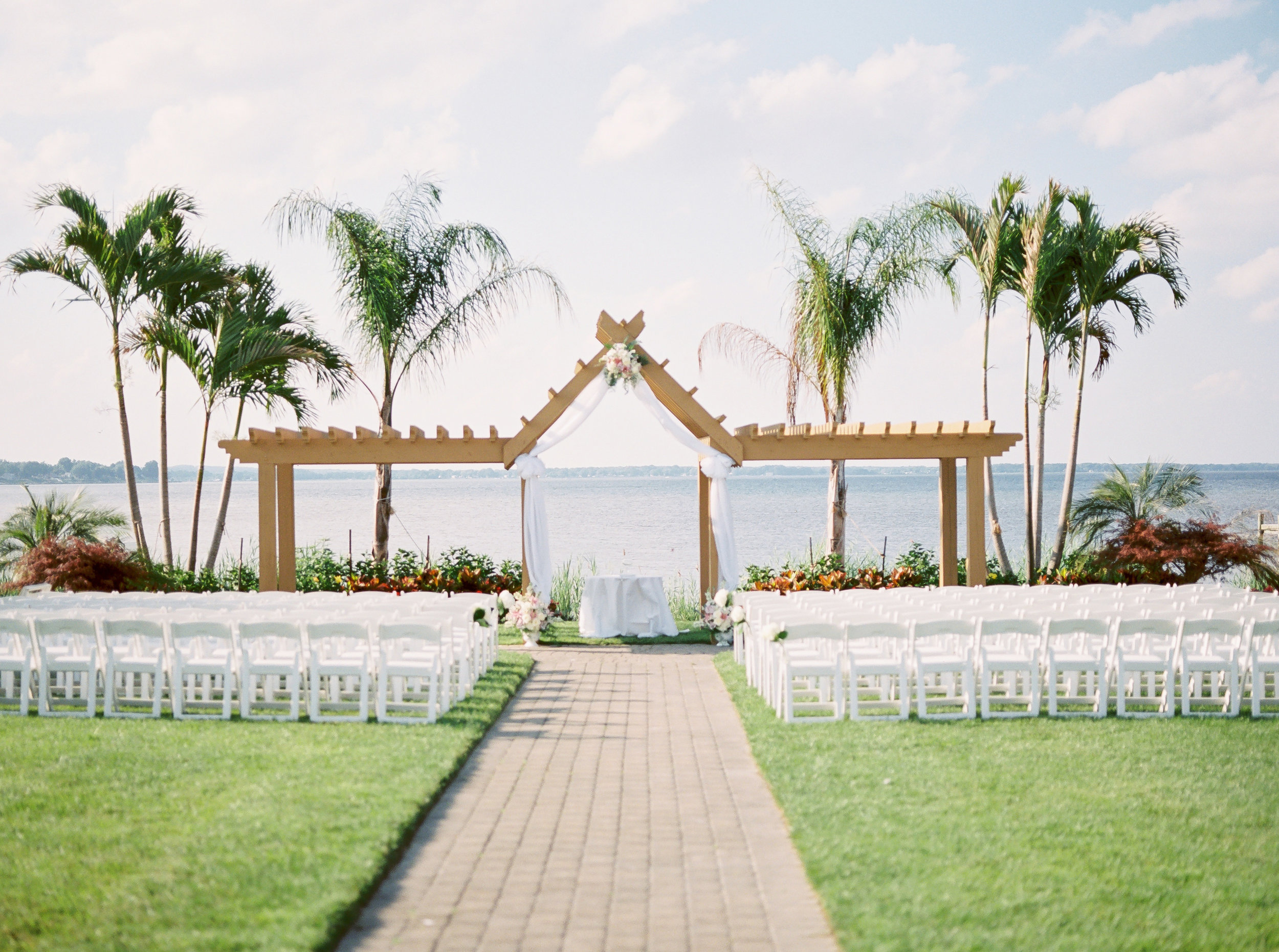 wedding ceremony idea at Harrington on the bay in Maryland