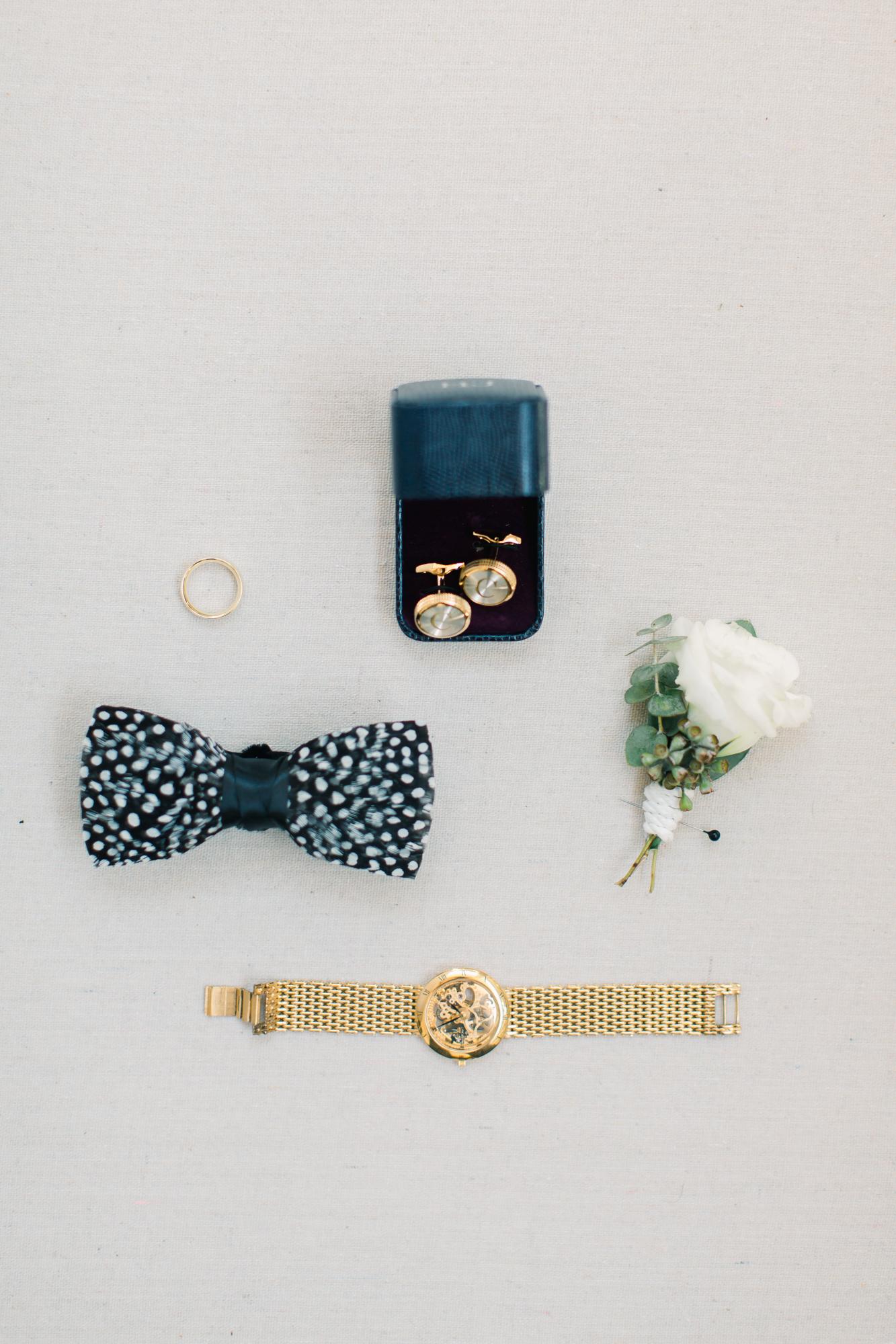 grooms details bow tie