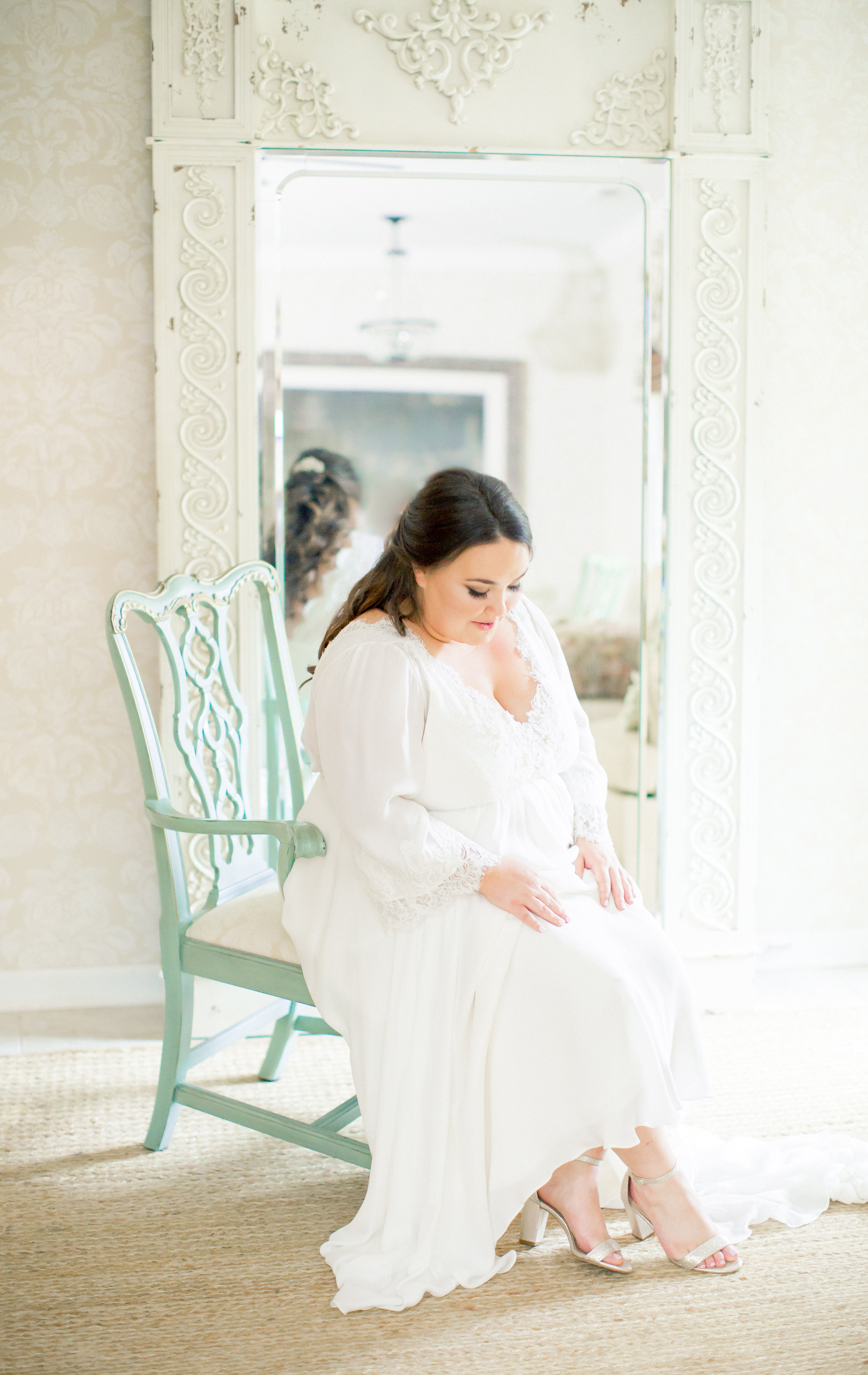 bride getting ready nc wedding venue