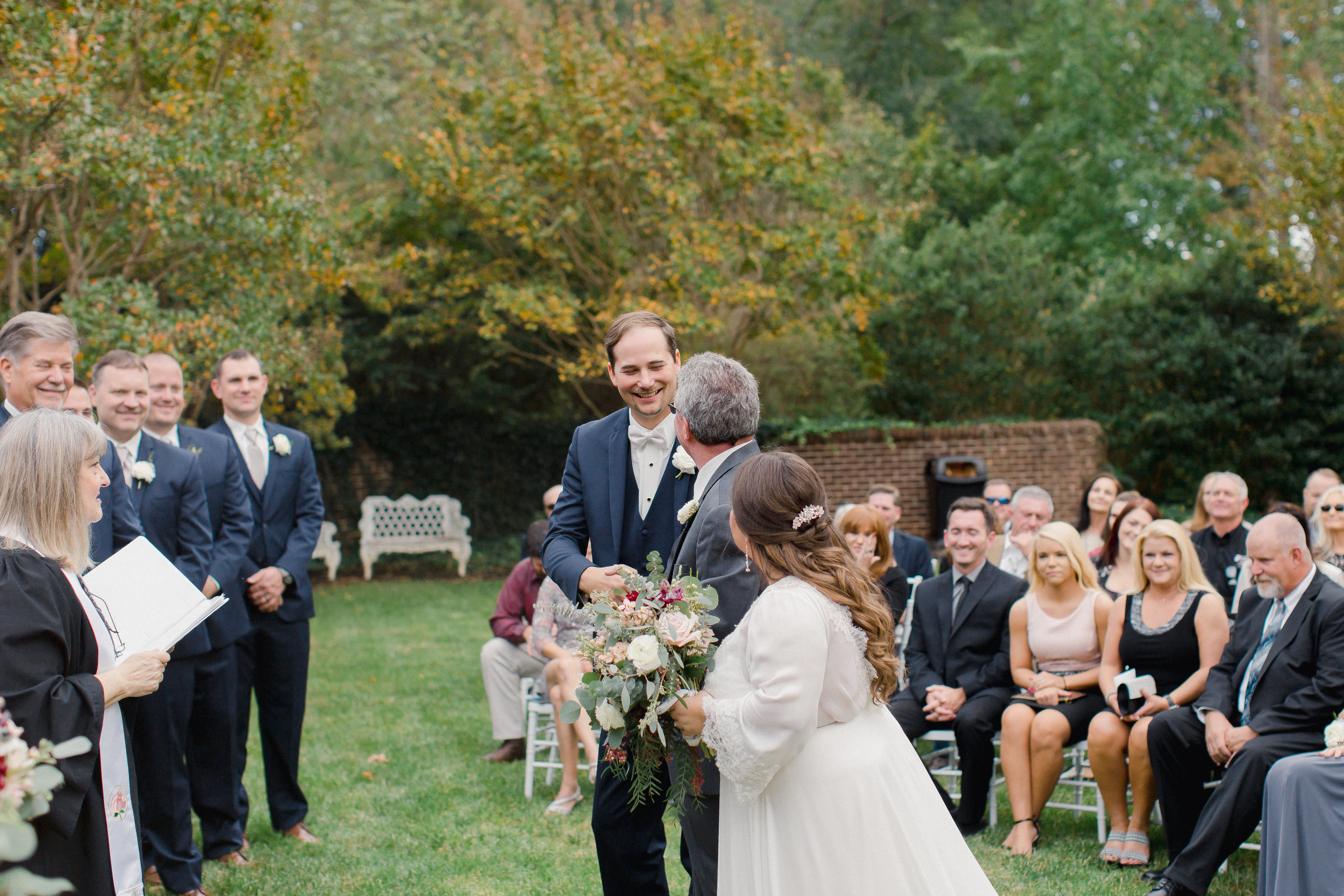 johnson carriage house wedding ceremony