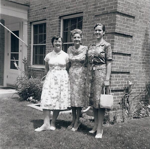 Me, Grandma Dorothy, and Carolaine