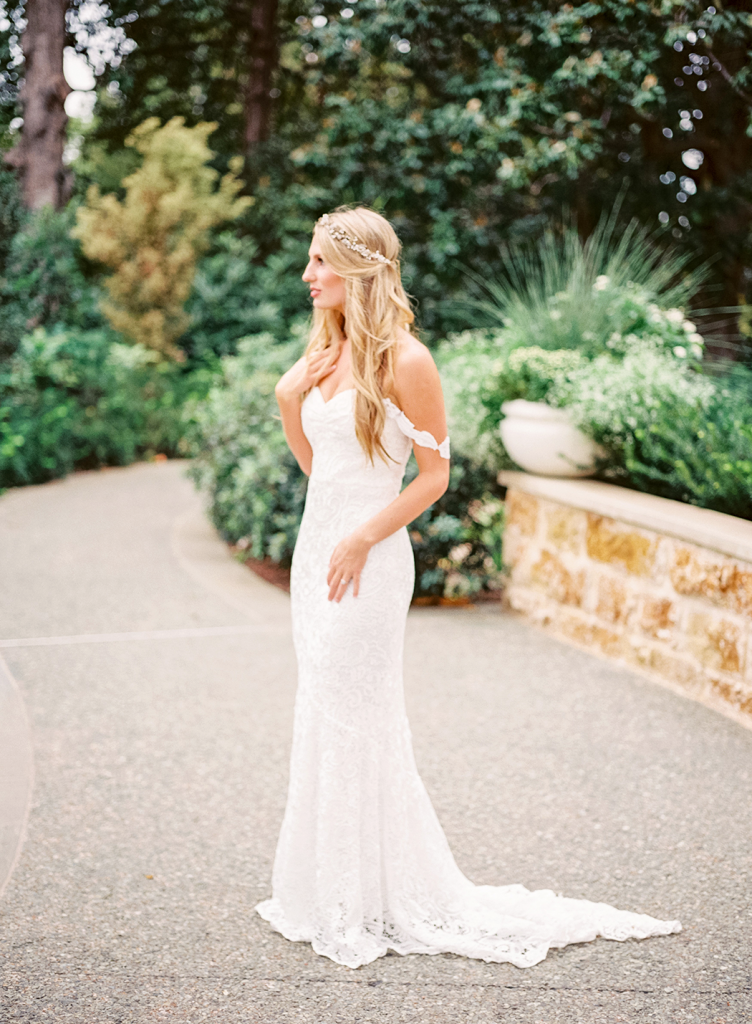 Dallas arboretum bridal session