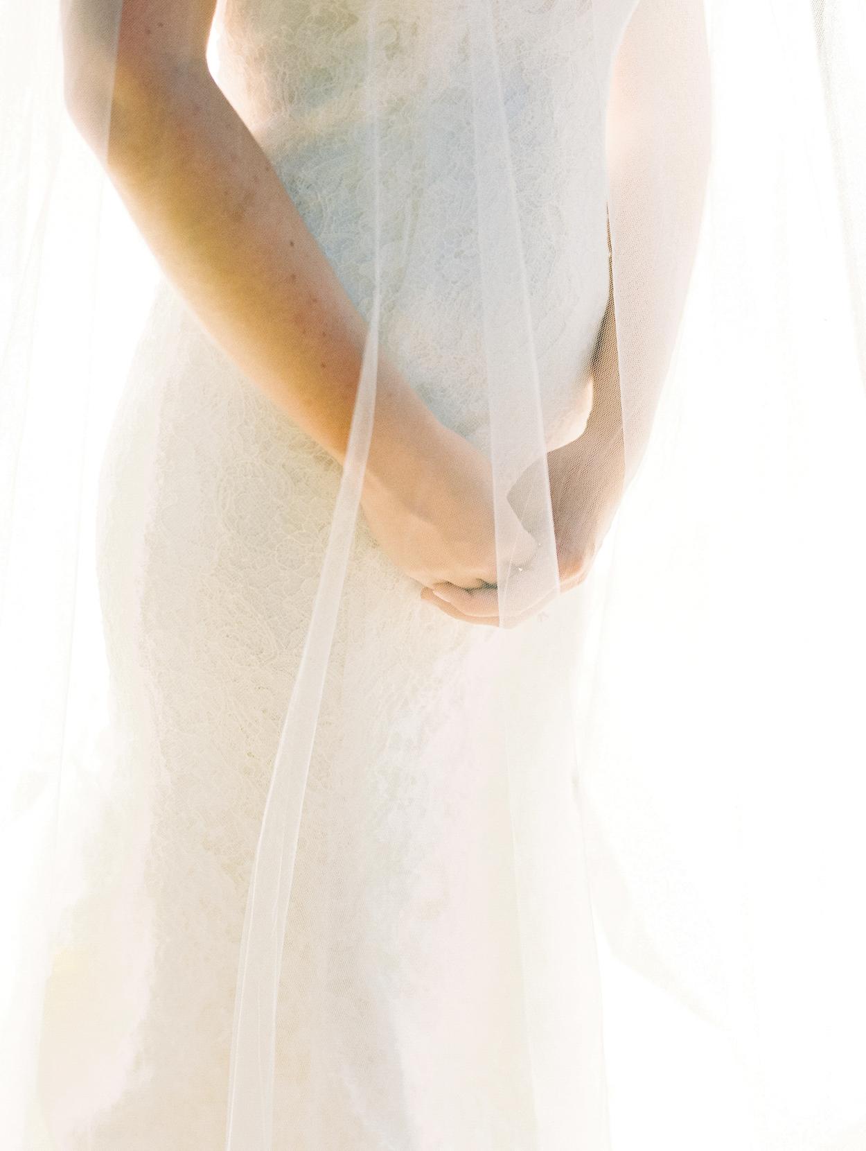 Nardos Design Wedding Gown