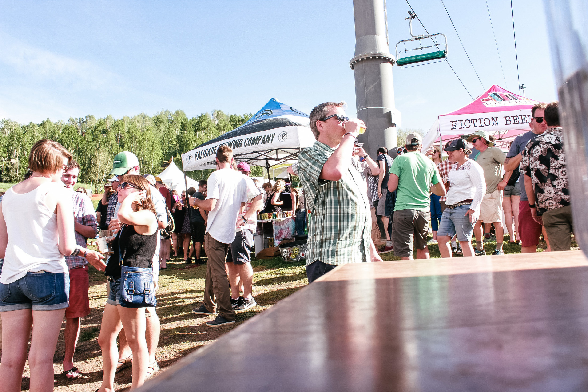 .colorado brewers guild .daniellezimmerer.lifestylephotography.steamboatspringsphotographer.stormpeak brewery