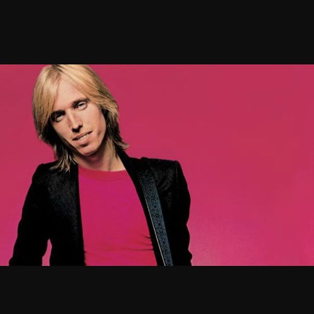 Rip #tompetty !! So many memories to so many hits songs. You will be missed. #heartbreakers #thetravelingwilburys #mudcrutch #American #music #icon