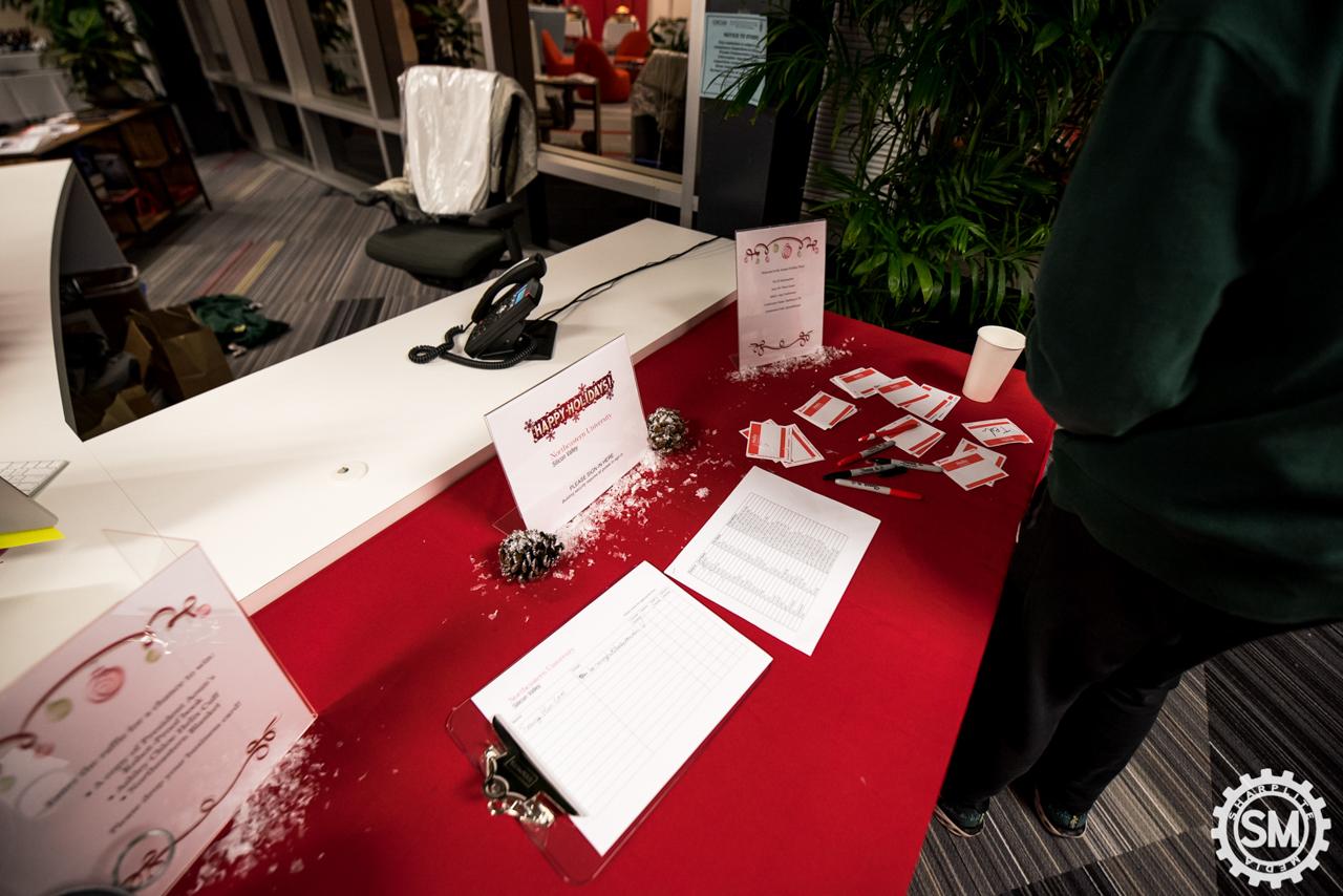 Northeastern University Christmas Party 2017_logo_100dpi_Sharplite Media-172.jpg
