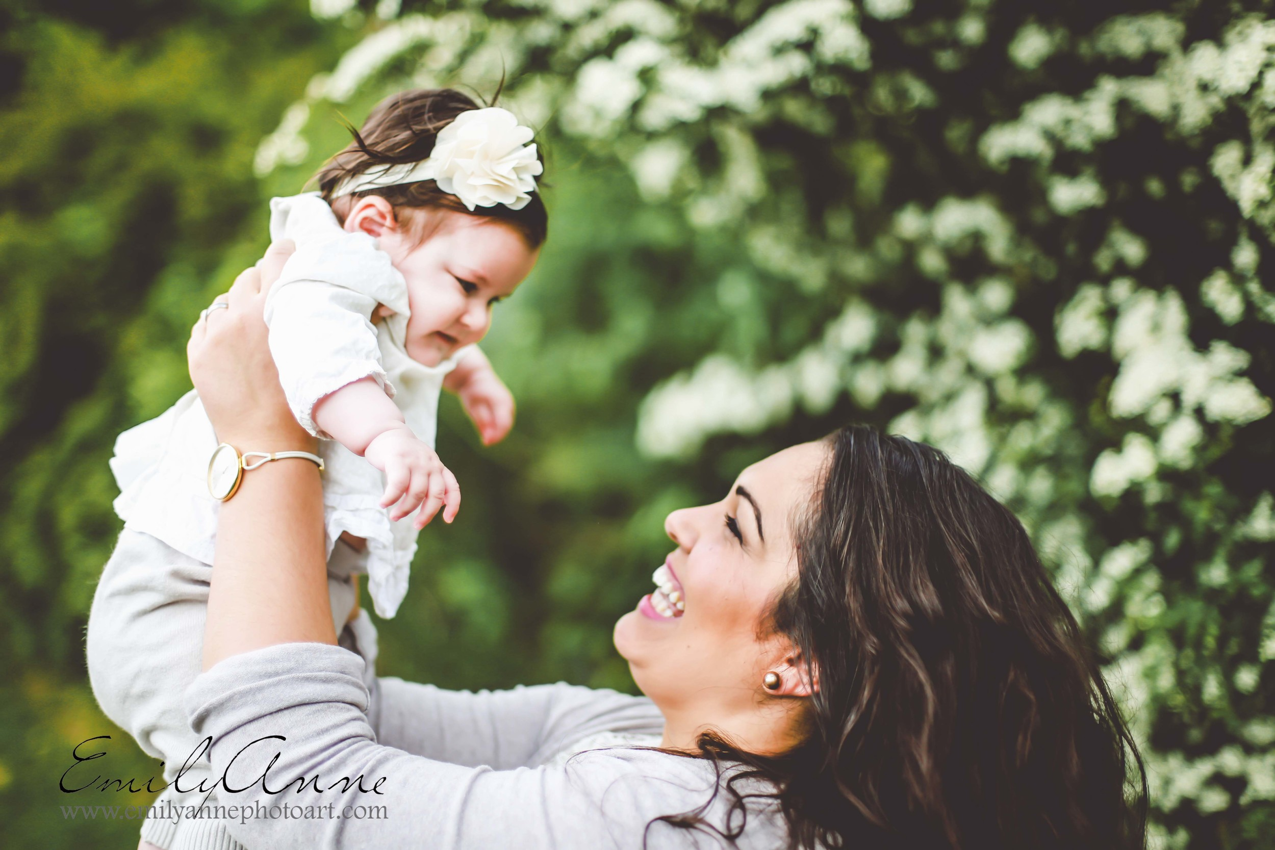 swiss lifestyle and wedding photographer emily anne photography top nashville family and baby photographer shot in Biel (Bienne) Switzerland