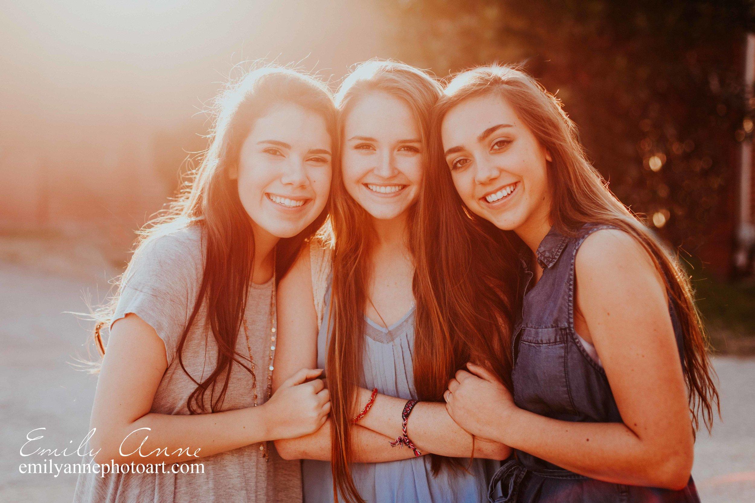 best senior portrait photographer team eighteen class of 2018 Senior portrait photographer