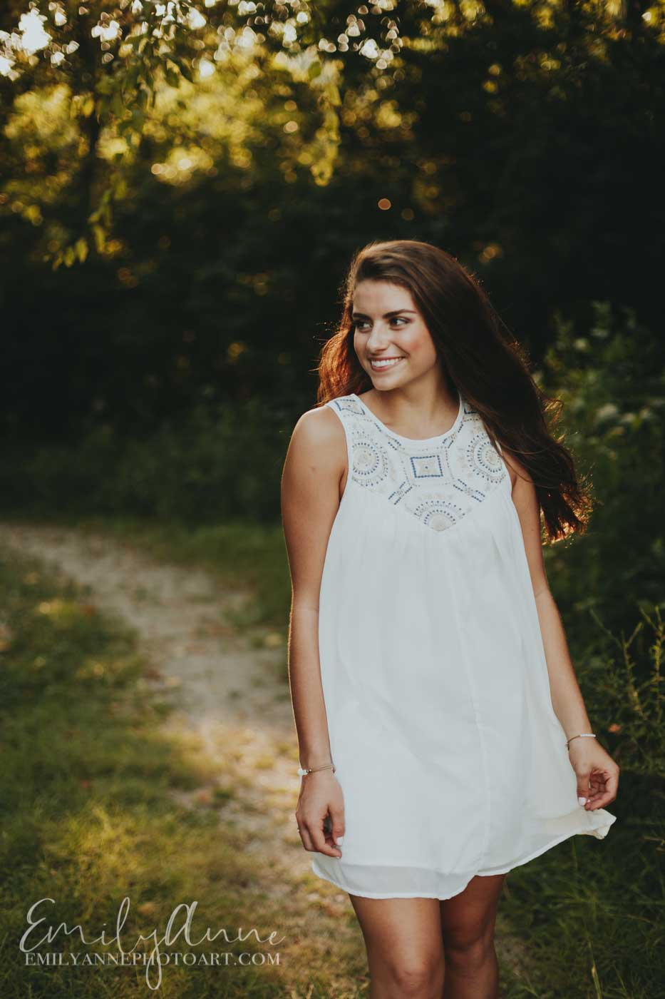 inspiring senior portrait ideas for pictures in nature Franklin/brentwood TN high school photographer