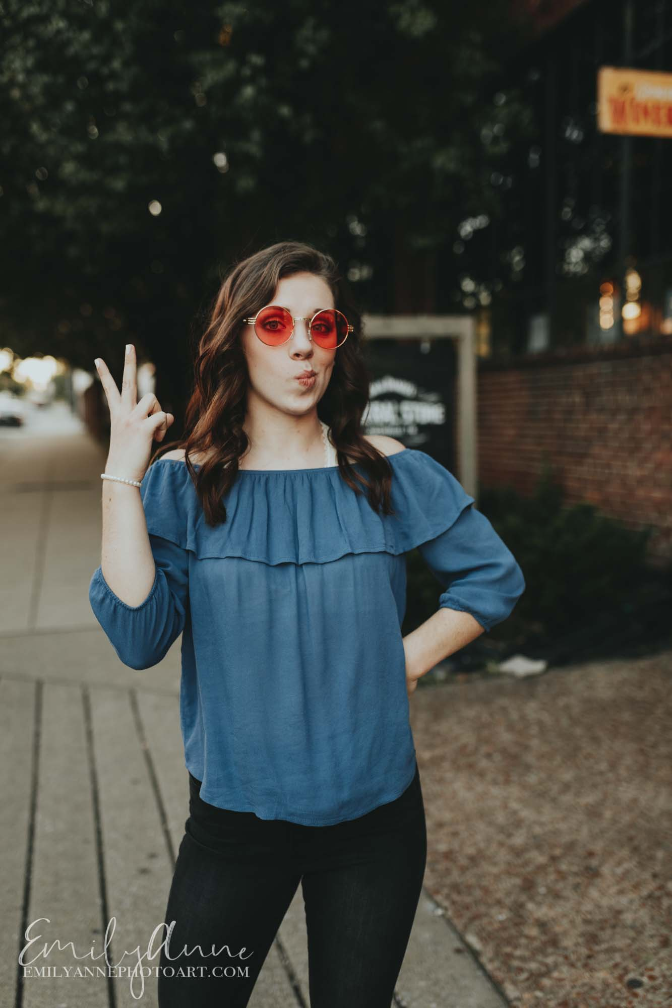 peace out fun sunglasses idea for pictures