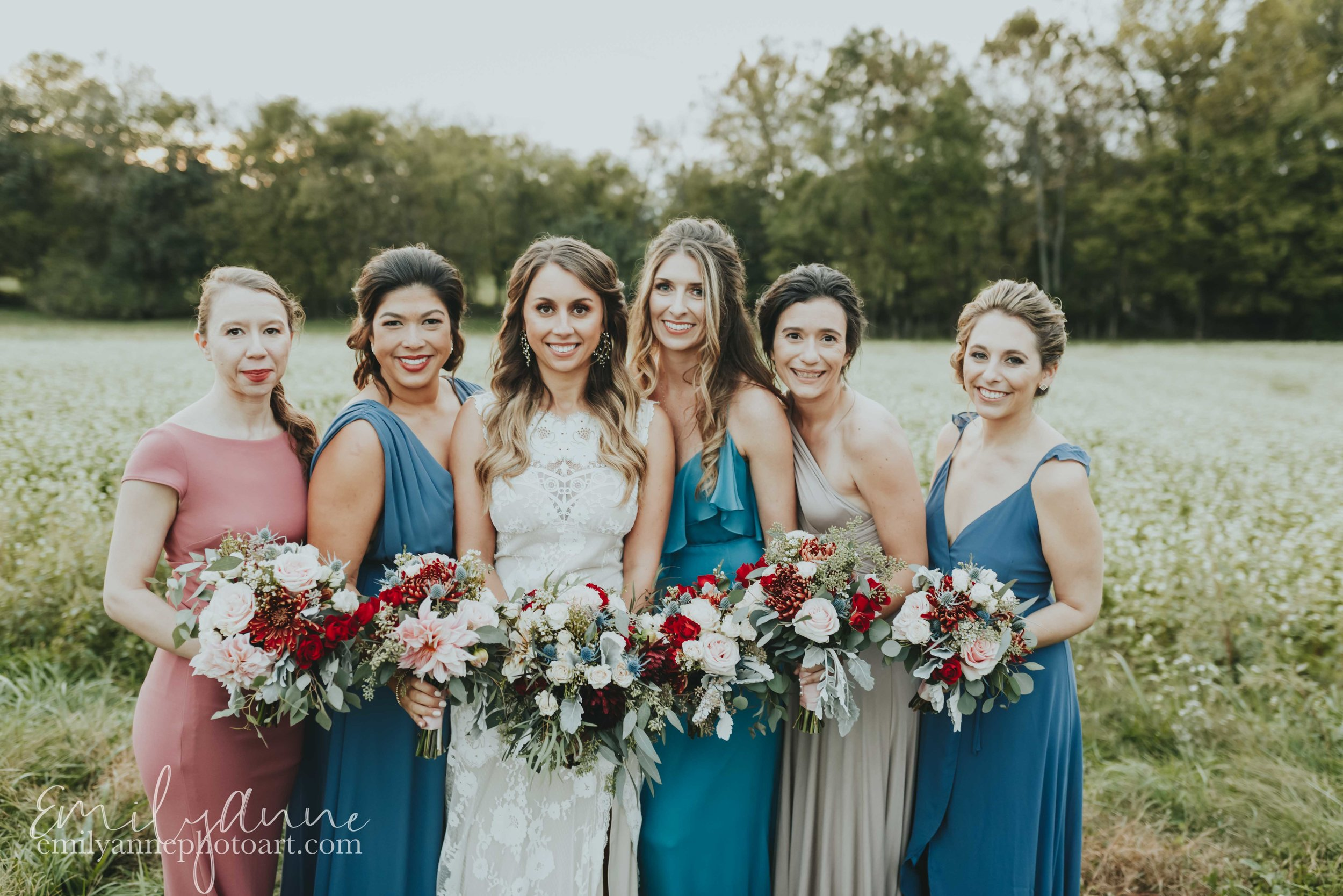 best wedding photographer in nashville the bridal party picture at Allenbrooke farms by best wedding photographer Emily Anne