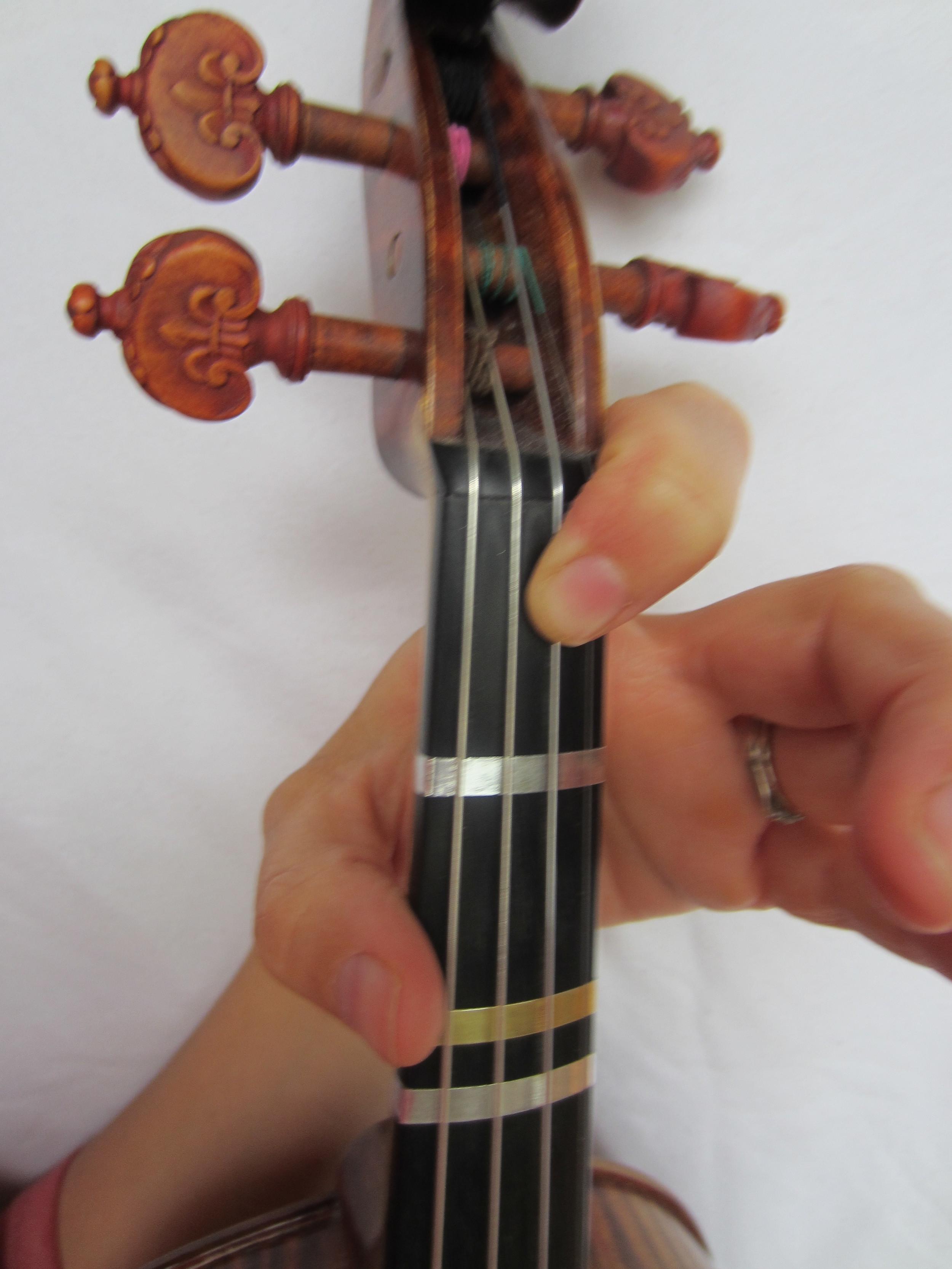 Violin Fingering Bflat on A.JPG