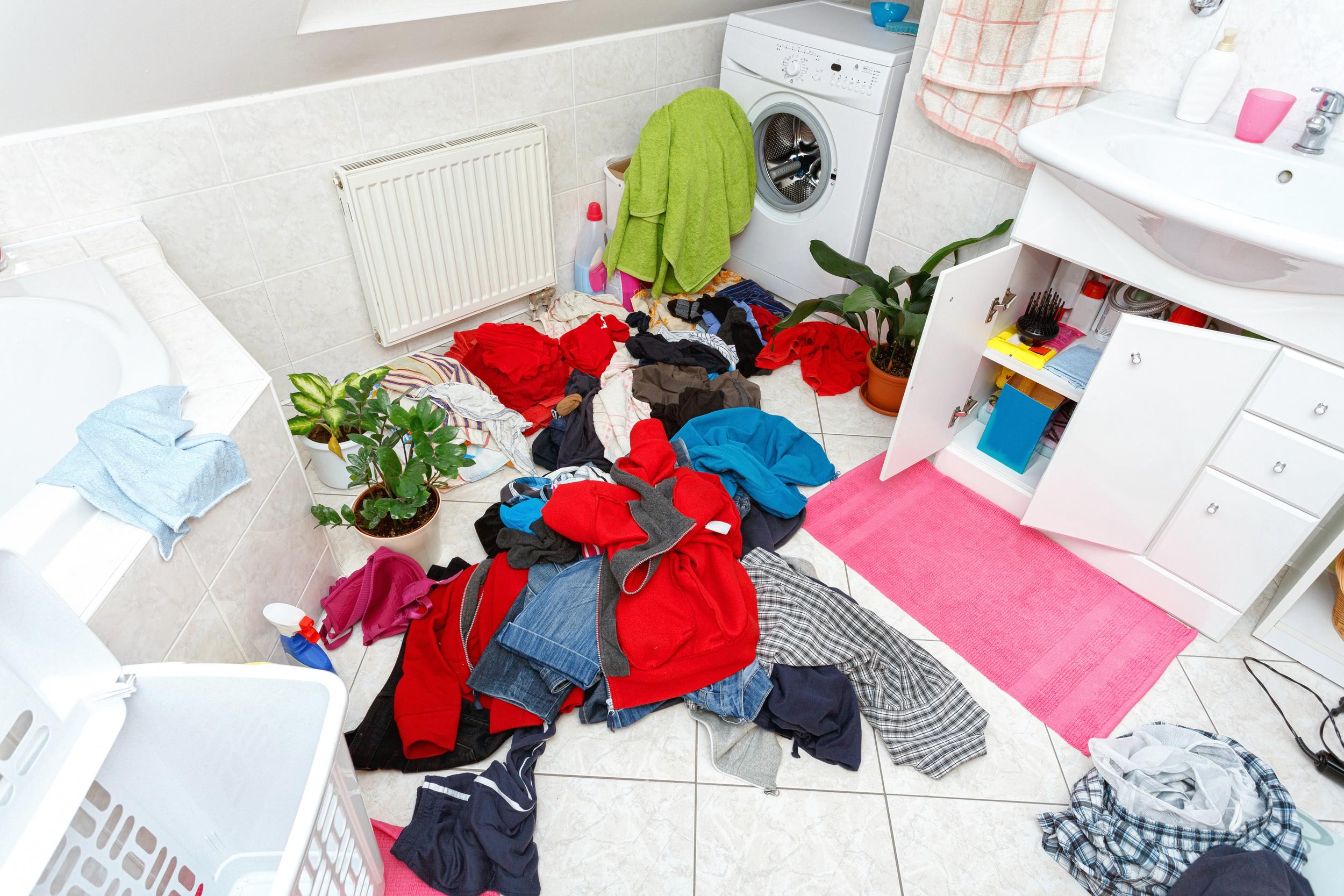 messyhouse.jpg