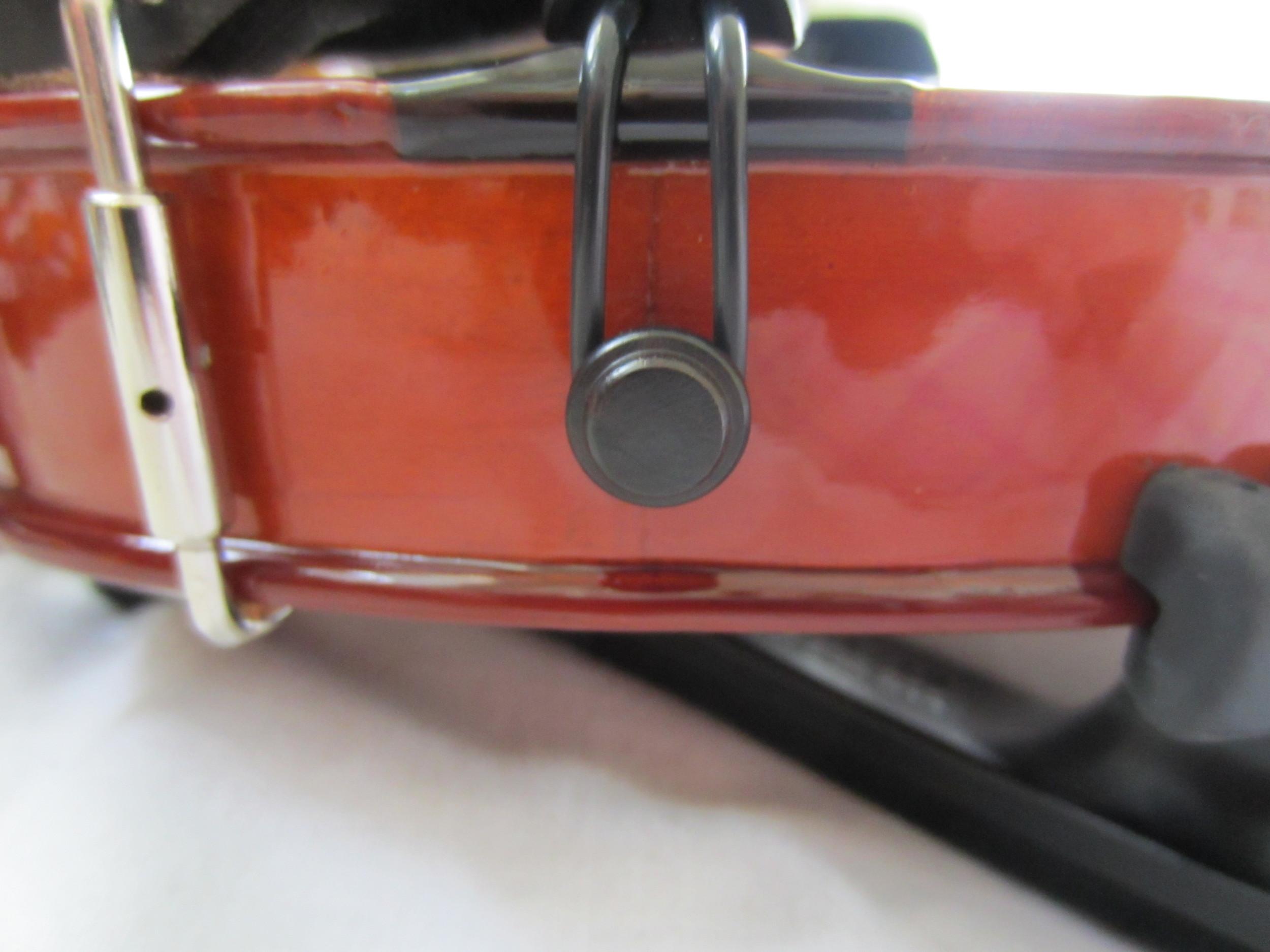 Amadeus Violin Tailpiece