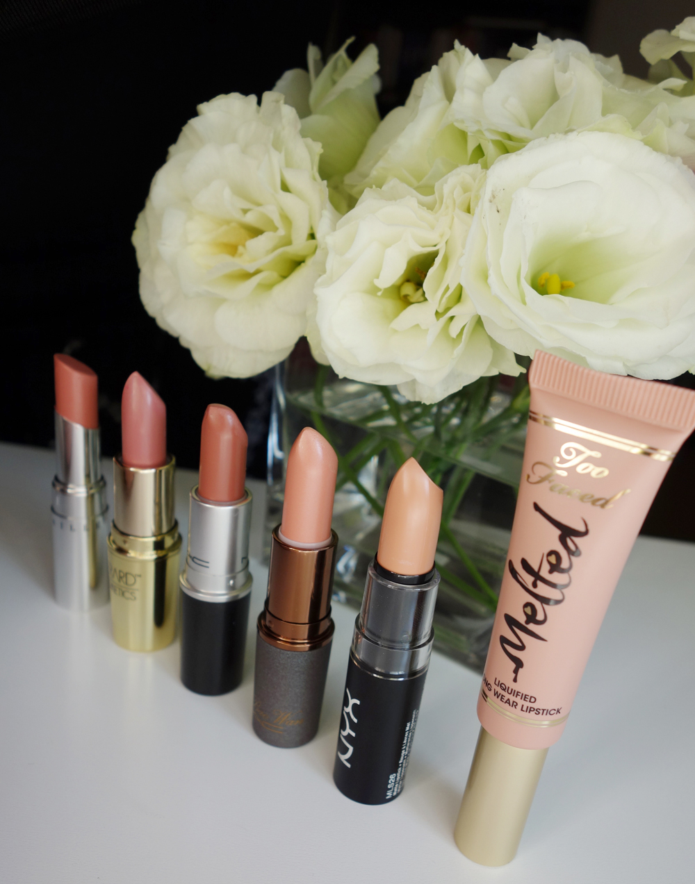 marisa-robinson-makeup-artist-nude-lipstick.jpg